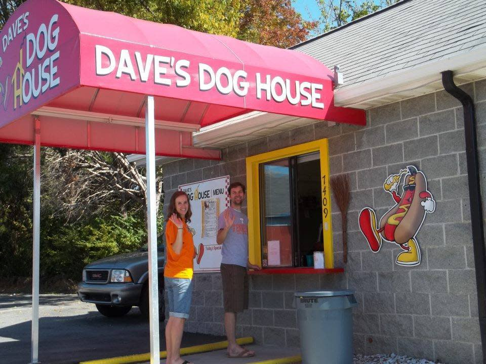 Dave's Dog House Knoxville